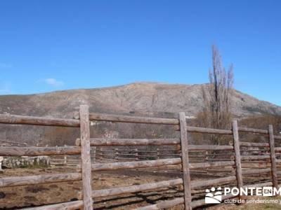 Senderismo Sierra Norte Madrid - Belén Viviente de Buitrago; senderismo por navarra